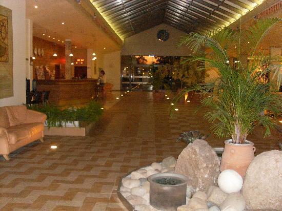 Les Magnolias Hotel : La réception