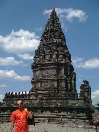 วัดพรัมบานัน: Picture taken by my friend