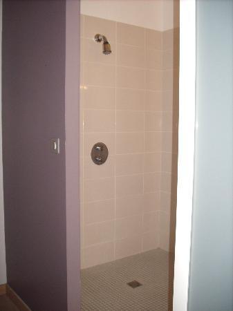 Le Coligny: un délice de prendre une douche