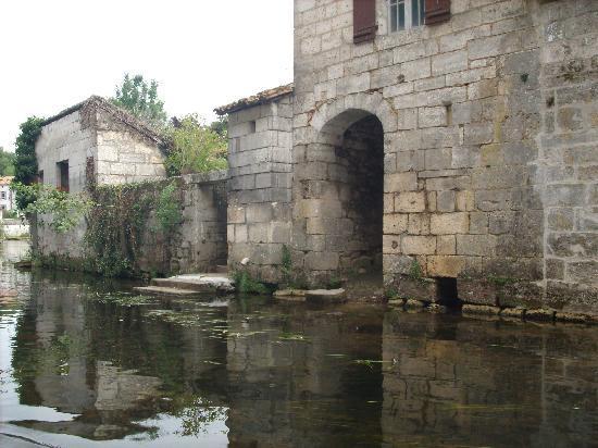 Le Coligny: belle ballade en bateau