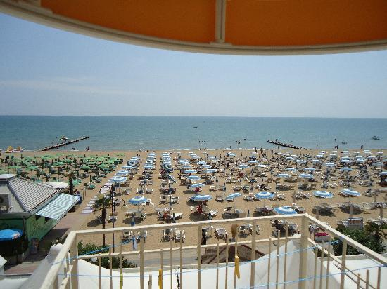Hotel Montecarlo: Une superbe vue sur la mer de la chambre