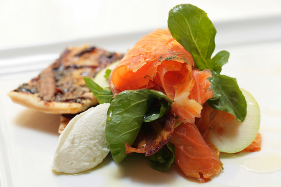 Sails Beach restaurant: House smoked salmon