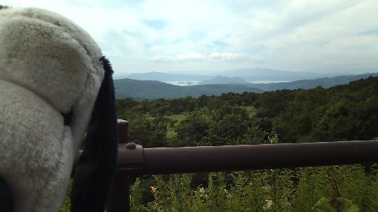 Orofure Pass: 少し行くと洞爺湖を眺められるスポットも☆