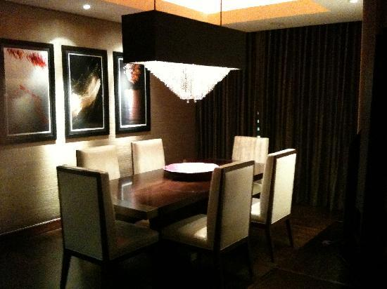 Mandarin Oriental, Las Vegas: The Dynasty Suite Dining Room
