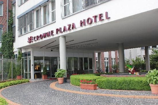 AMEDIA Plaza Schwerin: ホテルの外観