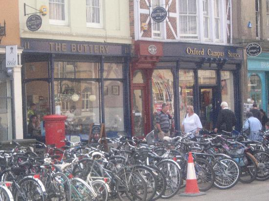 The Buttery Hotel, Oxford at mid-day
