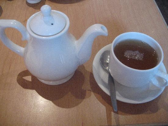 The Buttery Hotel: The Buttery tea - Blueberry & Apple was great!