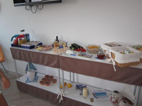 La Terrazza Sul Porto Guest House: really good breakfast