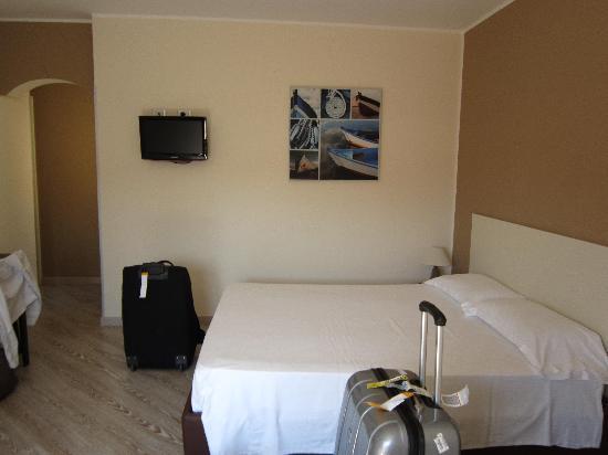 La Terrazza Sul Porto Guest House: very nice rooms