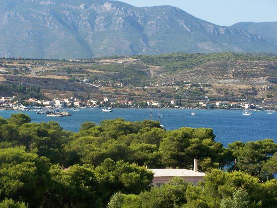 Isthmia, Greece: vue de la gauche