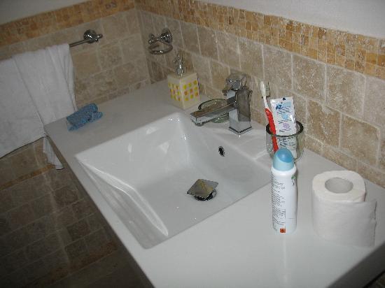 Bagno In Pietra Bianca : Bagno foto di guest house b&b pietra bianca ostuni tripadvisor