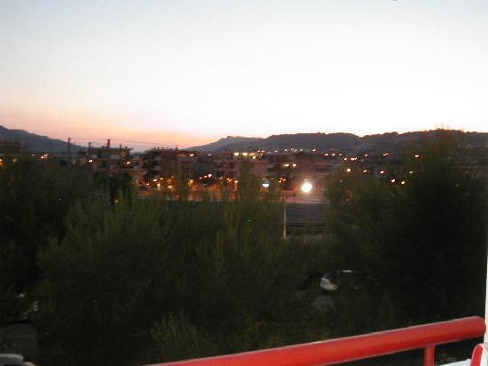Residence Hotel Le Terrazze: Vista Monti