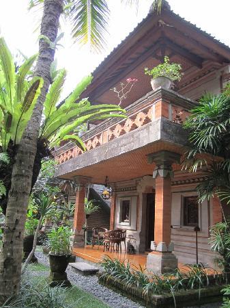 อูบุด บังกะโลว์: bungalow