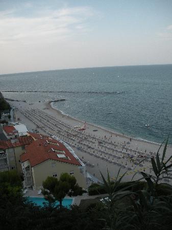 Hotel meubl la spiaggiola numana italia prezzi 2017 e for Hotel meuble la spiaggiola