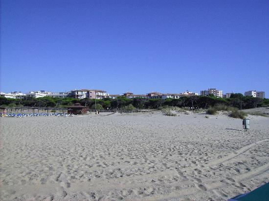 Isla Cristina, Espanha: el hotel desde la playa