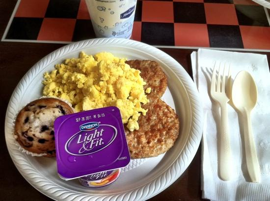 Hampton Inn & Suites Montgomery-East Chase : yummy, hearty, BREAKFAST!