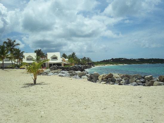 Nettle Baie Beach Club : plage de la residence