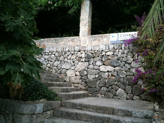 Coves de Campanet: la entrada