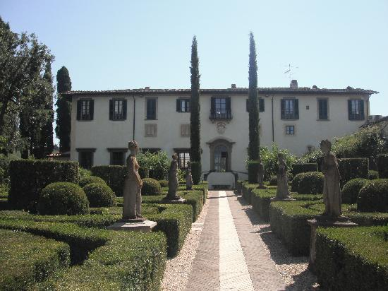 Artviva: The Original & Best Tours Italy: the villa and gardens