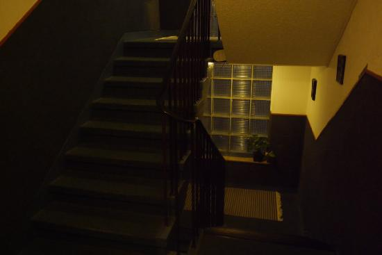 Hotel Müller: Treppe zu den Zimmern