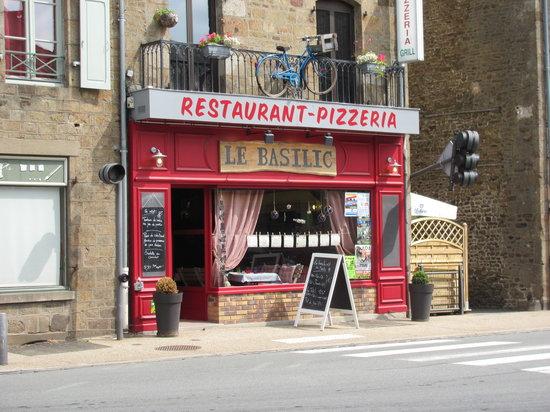Ernee, France: Le Basilic