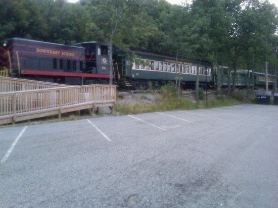 Downeast Scenic Railroad: The train