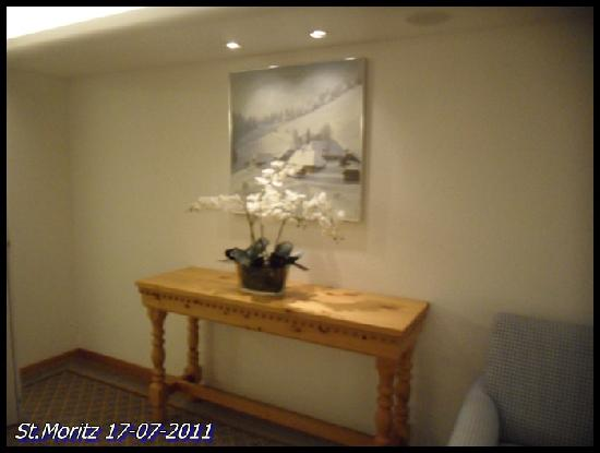 Crystal Hotel : coredoor