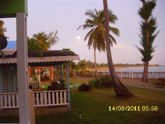 Parador Villas del Mar Hau: amanecer en la cabaña