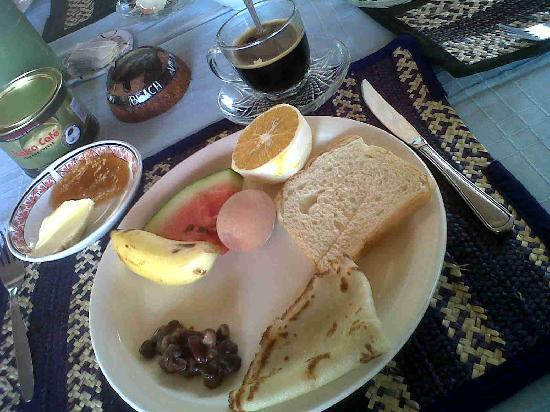 Mbuyuni Beach Village: Breakfast