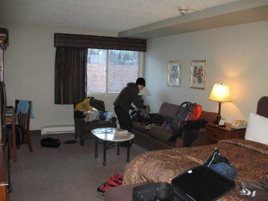 Evergreen Lodge: Single king room.