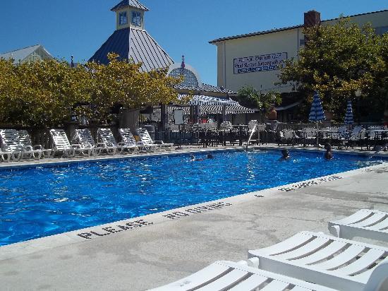 Plim Plaza Pool Bar Ocean City