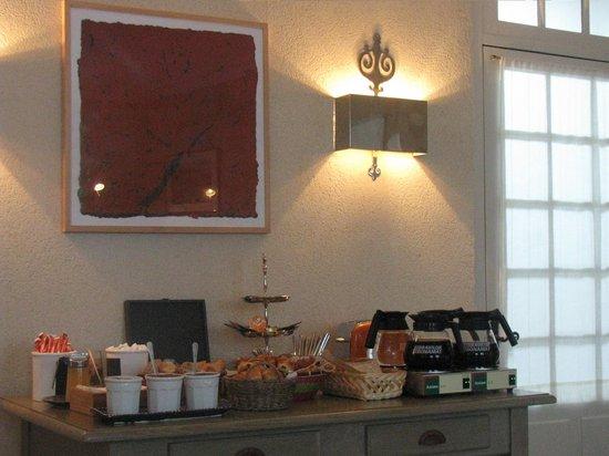 Hotel de Biencourt: Buffet petit dejeuner 1