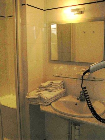 Hotel de Biencourt: Salle de bains