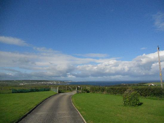 Carnside Guest House: view from carnside