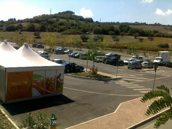 Pineto, Ιταλία: parcheggio pubblico e Rent - bike - A 50 MT.
