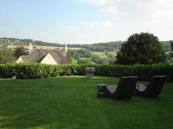 Cotswolds88 Hotel: View from the Garden
