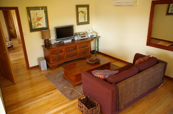 Hallowell Springs : Spa Suite Living Area