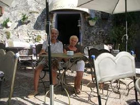 Hotel Villa delle Rose: Anna e Italo - Ricordo di Verezzi