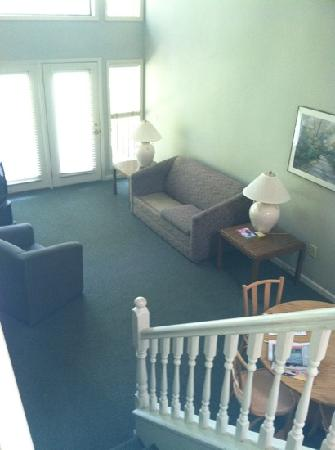 General Butler State Resort: living rm in executive cabin
