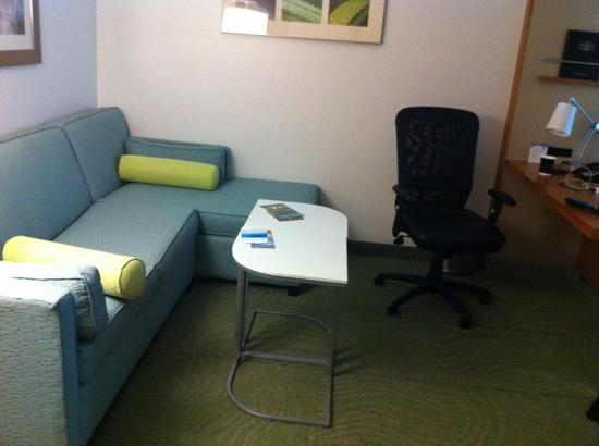 SpringHill Suites Chicago Waukegan/Gurnee: great lounge area