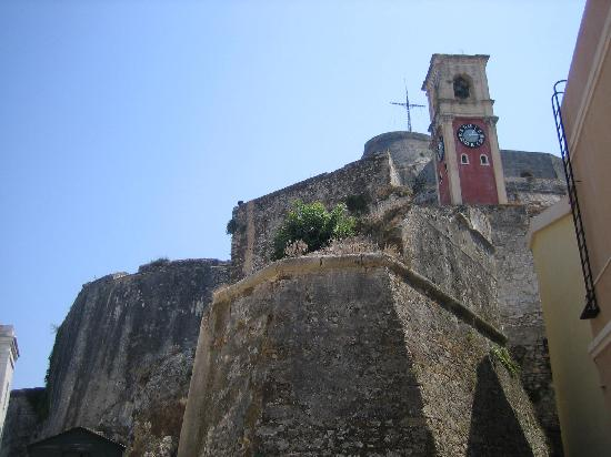 Corfu Town, Grecia: der Uhrturm