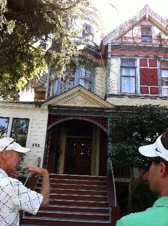 Chic Family Tours: touring historic napa homes with Bob