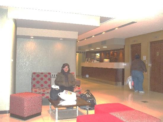 Victory Hotel: lobby del hotel