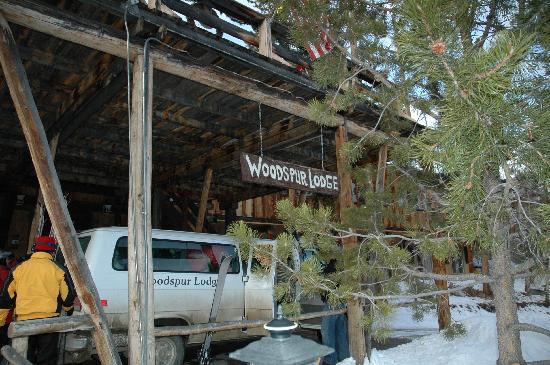 Woodspur Lodge: Van to the ski area