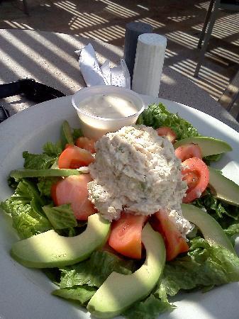Tradewinds: tuna salad2
