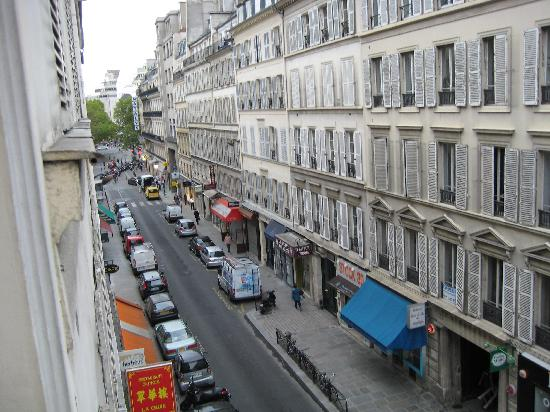 Hotel Le Vignon: View from Bedroom