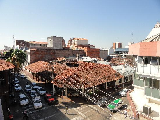 Hotel Amazonas: View from the top floor and some balconies