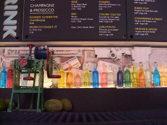 Dishoom Chowpatty Beach Bar : The bar