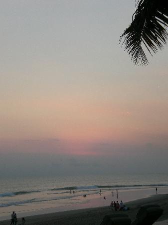 เดอะซามายา บาหลี: View of the sunset from the Samaya