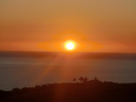 Hale Ho'onanea: The sunset from the lanai